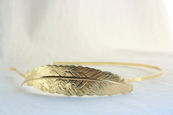 Feather Themed Wedding - feather bracelet by pomp and plumage