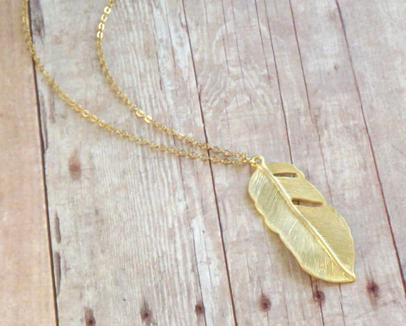 Feather Themed Wedding - feather necklace by pink twig