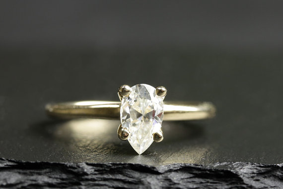gold pear engagement ring | Engagement Rings Etsy | via http://emmalinebride.com/jewelry/40-best-handmade-rings-ever/ ‎