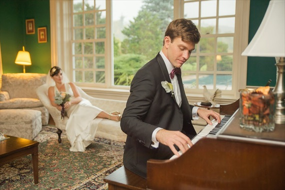 courting by piano, groom courting the bride by playing the piano on their wedding day