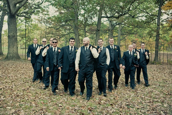 groomsmen-fall-wedding-woods-leaves