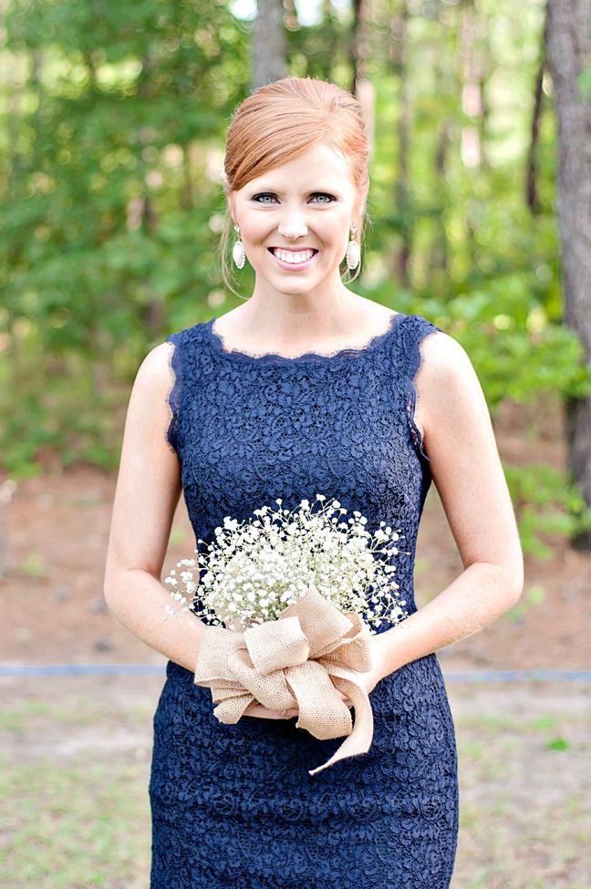 bridesmaid in navy lace dress with baby's breath bouquet, photo: just a dream photography | via http://emmalinebride.com/decor/navy-and-white-wedding-ideas/ | from 21 Navy and White Wedding Ideas
