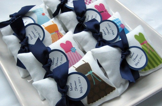 50 Best Bridal Shower Favor Ideas: little dress sachets (by lil oak tree)