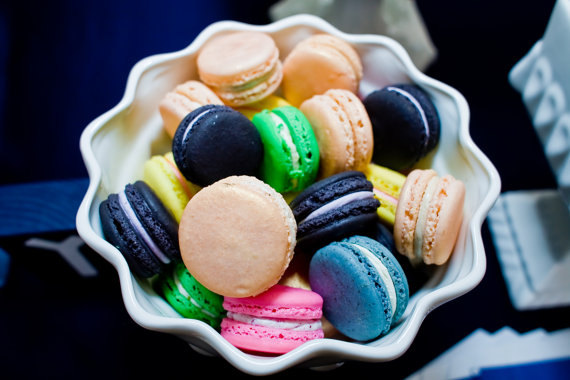 50 Best Bridal Shower Favors: macaron bridal shower favors (by le bonbon)