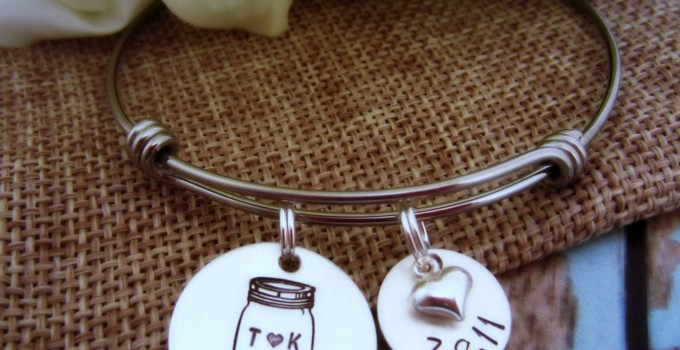 mason jar bracelet with wedding date