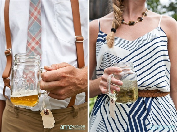 mason jar drinking glasses with handles (photo: anne skidmore) via 8 Creative Wedding Drink Glasses