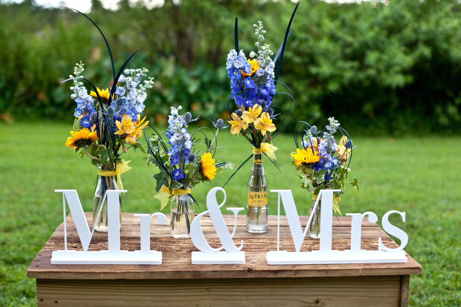 mr and mrs signage | via bride and groom chair signs http://emmalinebride.com/decor/bride-and-groom-chairs/