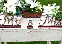 mr-and-mrs-signs-front