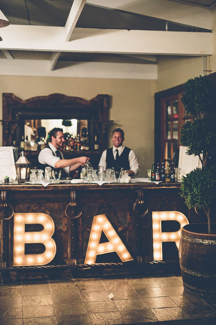 Open Bar Set Up for Wedding | photo: gina and ryan | https://emmalinebride.com/planning/cost-bar-weddings/
