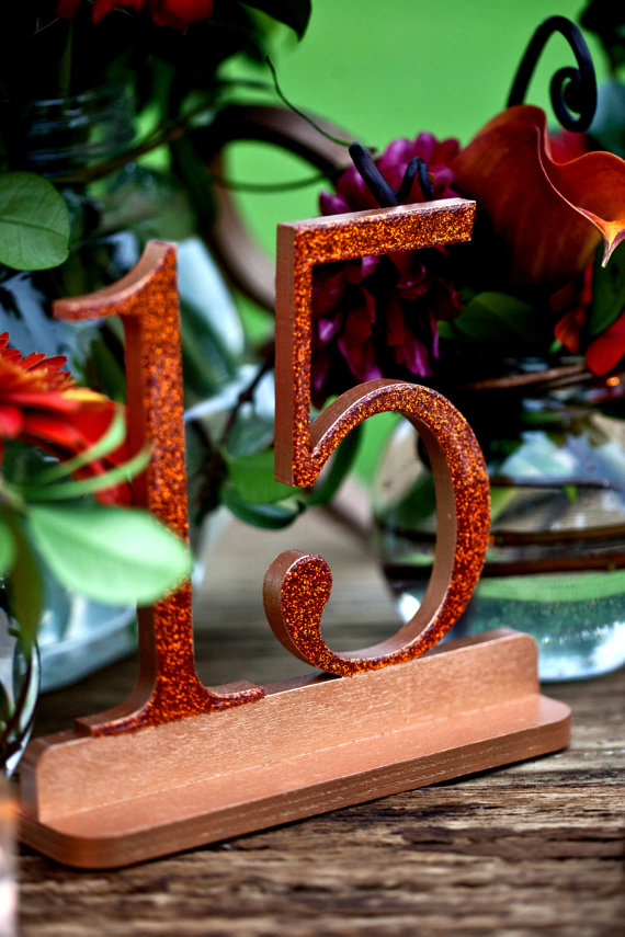 make it bold! (via Table Number Mistakes to Avoid)