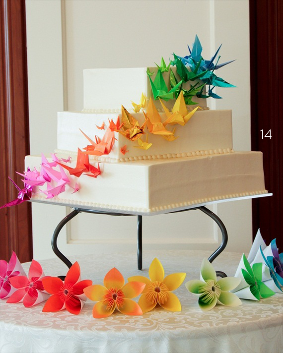 Origami paper cranes at a wedding Stock Photo - Alamy | 712x570