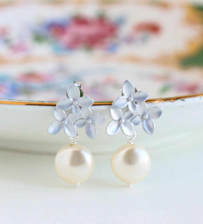 pearl and silver bouquet earrings giveaway