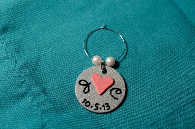 personalized wine glass charm | Handmade Wedding Charms via http://emmalinebride.com/decor/handmade-wedding-charms/