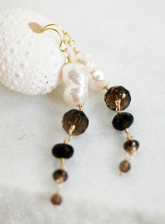 quartz-pearl-earrings
