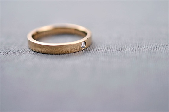 Recycled Wedding Rings: band with diamond stone (by lilyemme via emmalinebride.com)