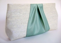 ribbon-clutch-purse