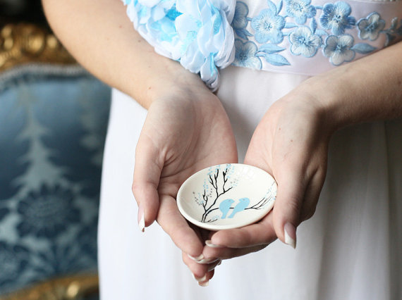 Ring Pillow Alternatives: Ring Bearer Dish (by Magic Brushes Workshop)