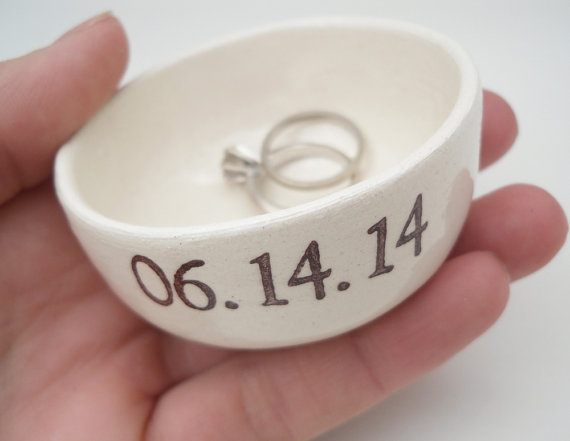 ring dish wedding date