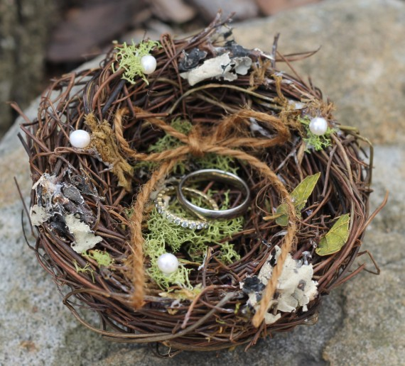 ring pillow nest | via Rustic Ring Pillows http://emmalinebride.com/ceremony/rustic-ring-pillows/