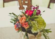 rustic-table-number-centerpieces