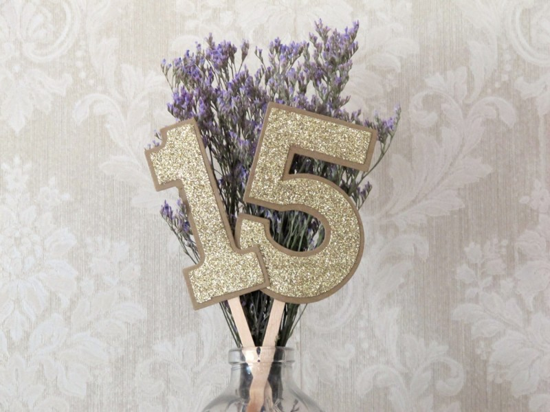 rustic table numbers by JoBlake | rustic chic wedding ideas