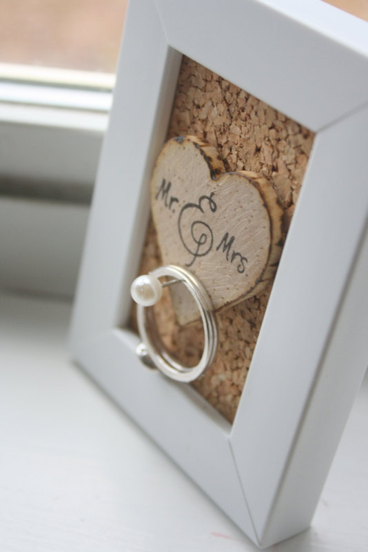 8 Creative Ring Holders (shabby chic ring holder by The Papery Nook)