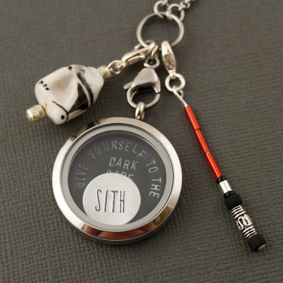 star wars | Offbeat Wedding Theme:  Floating Lockets
