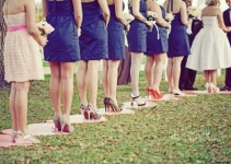 stepping-stones-for-bridesmaids-heels