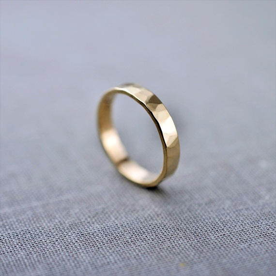 Recycled Wedding Rings: textured 3 mm gold band