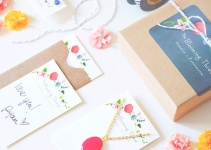 the blooming thread gift box
