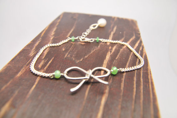 Engagement Gift Ideas (by Lillyput Lane Design Co.) - tie the knot bracelet #wedding #engagement