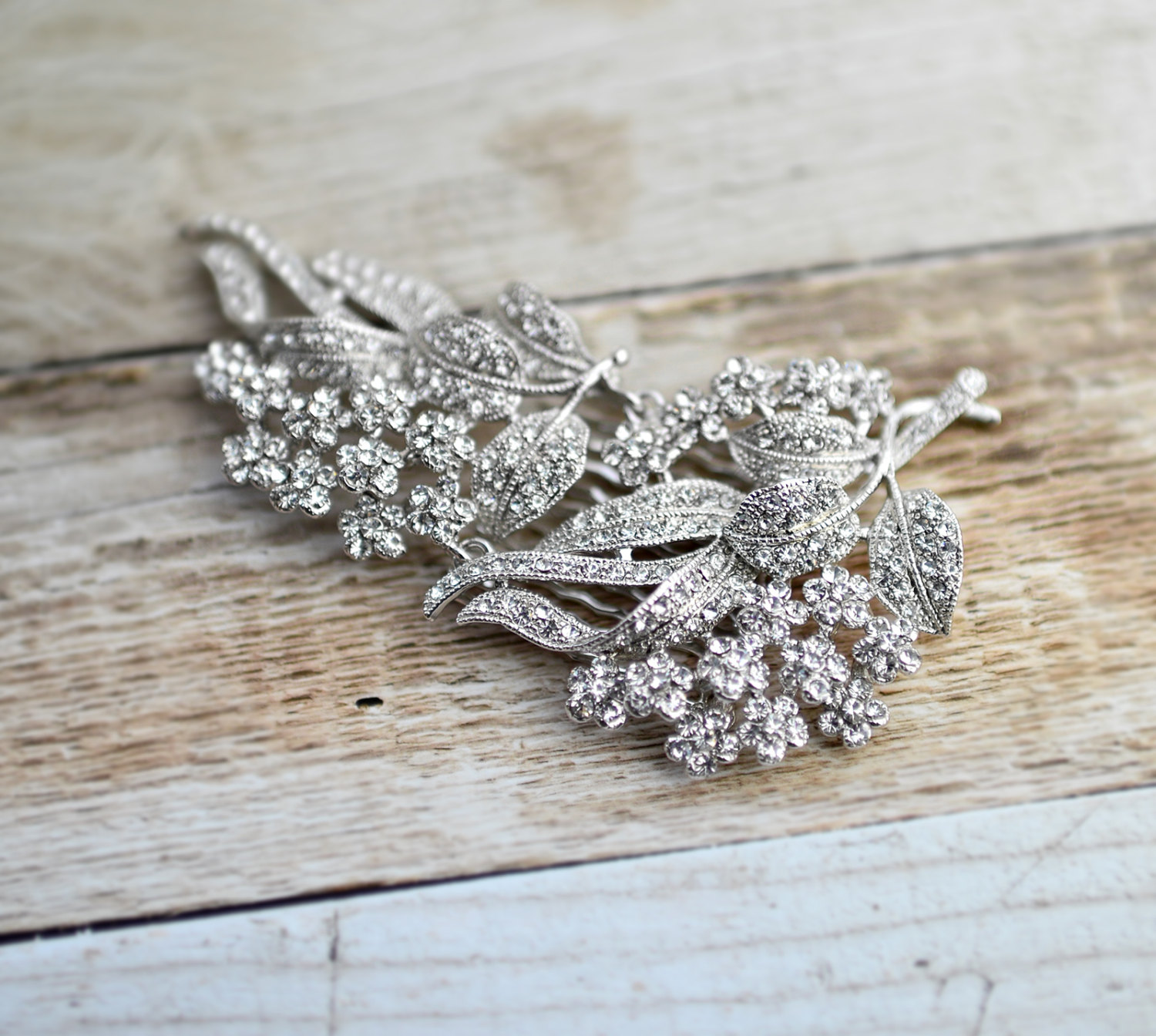 vintage style bridal hair comb | what to wear instead of a veil