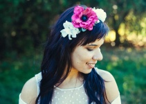 wedding-hair-crown-hot-pink-flower