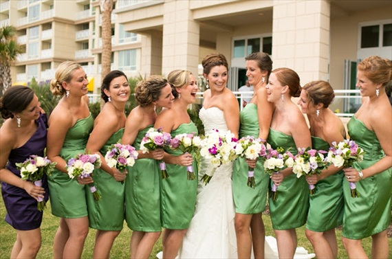 wedding party - photo: andi & zoe via Bridal Makeup Tips