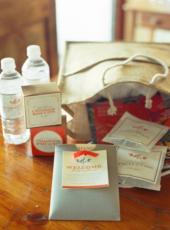welcome bag for guests (via tara guérard soirée, photo by liz banfield)