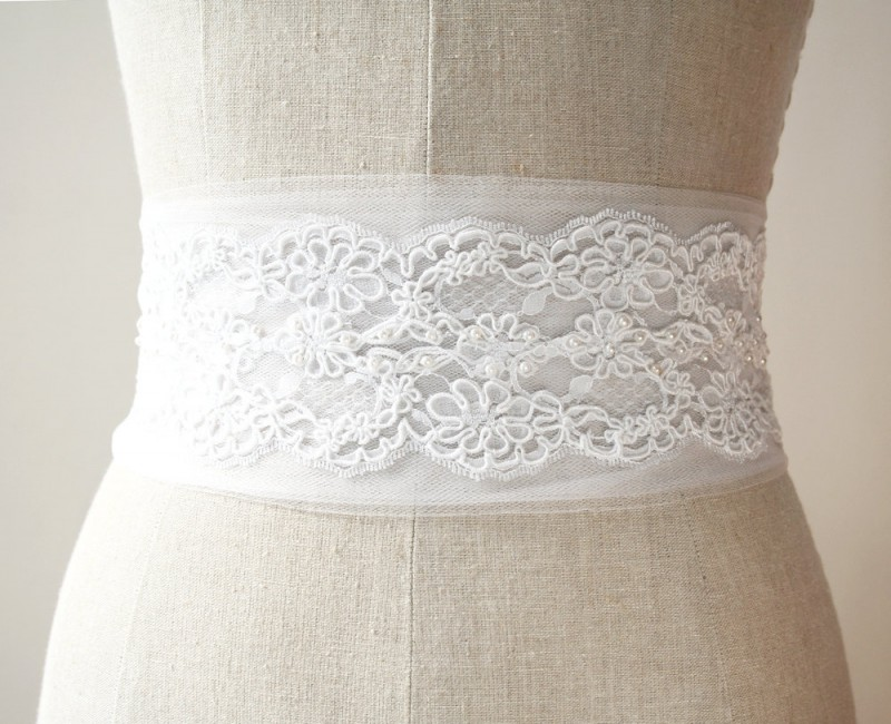white tulle and lace | NEW Wedding Dress Sash Ideas via http://emmalinebride.com/bride/wedding-dress-sash-ideas/