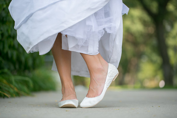 white wedding flats by Walkin On Air | via 5 Tips to Make Wedding Flats Absolutely Easy to Wear http://emmalinebride.com/bride/tips-flats-wedding/