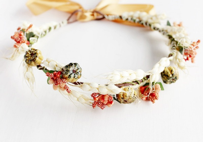 Woodland Inspired | Flower Girl Hair Crowns | http://emmalinebride.com/flower-girl/hair-crowns/