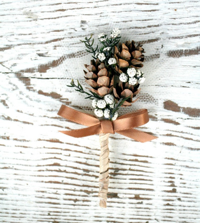 woodland pine cone boutonniere by The Sunny Bee | boutonnieres fall weddings