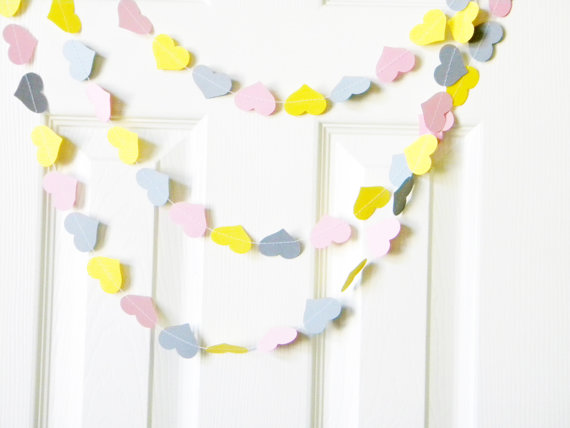 yellow and gray heart garland